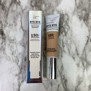 It cosmetics Bye Bye Foundation Light